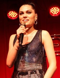 By Eva Rinaldi - Jessie J, CC BY-SA 2.0, https://commons.wikimedia.org/w/index.php?curid=21183352